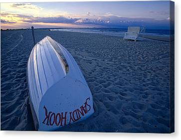 Boat On The New Jersey Shore At Sunset Canvas Print by George Oze