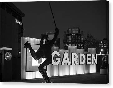 Bobby Orr Statue Td Garden Boston Ma Black And White Canvas Print by Toby McGuire