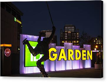 Bobby Orr Statue Td Garden Boston Ma Canvas Print by Toby McGuire