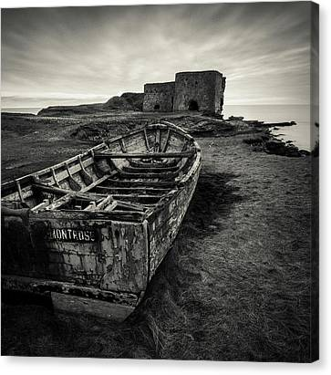 Boddin Point Wreck Canvas Print by Dave Bowman