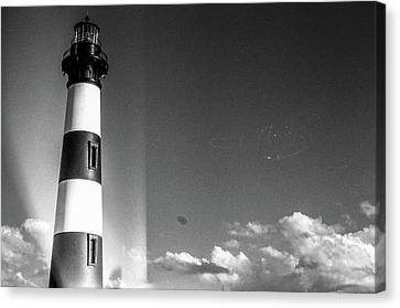 Bodie Island Lighthouse Canvas Print by David Sutton