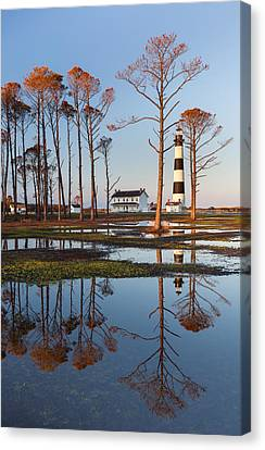 Bodie Island Lighthouse Obx Golden Sunset Reflections Canvas Print