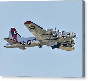 Boeing B-17g Flying Fortress Canvas Print