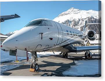 Bombardier Challenger 350 Se-rma Snowed Canvas Print by Roberto Chiartano