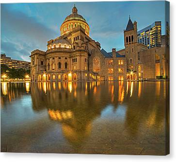 Boston Christian Science Building Reflecting Pool Canvas Print by Toby McGuire