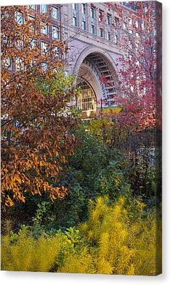 Boston Ma Autumn Foliage Canvas Print by Toby McGuire