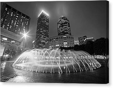 Boston Reflecting Pool Fountain Boston Ma Black And White Canvas Print by Toby McGuire