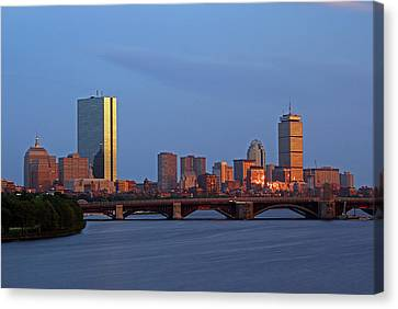 Canvas Print featuring the photograph Boston Skyline Sunset by Juergen Roth