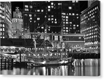 Bostonian Black And White Canvas Print