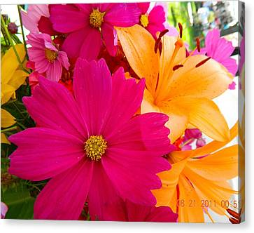 Bouquet Of Beauty Canvas Print