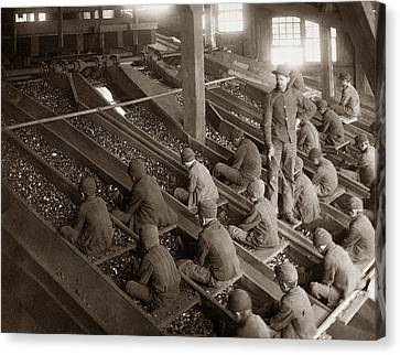 Breaker Boys Lehigh Valley Coal Co Maltby Pa Near Swoyersville Pa Early 1900s Canvas Print