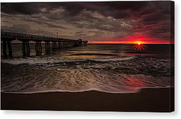Breaking Waves At The Pier Canvas Print