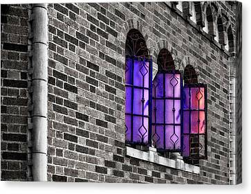 Canvas Print featuring the photograph Brick And Glass - Vent Windows Of Comfort Station   -   1927comfortstationbwc121773 by Frank J Benz