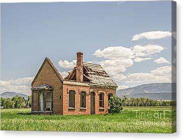 Canvas Print featuring the photograph Brick Home In June 2017 by Sue Smith