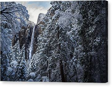 Bridal Veil Falls In Winter Canvas Print