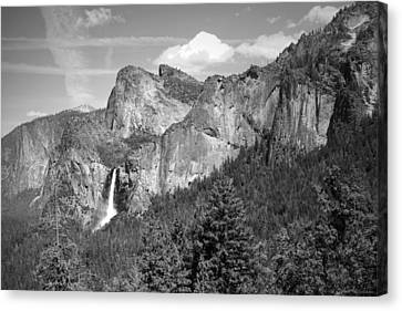 Bridalveil Falls From Tunnel View B And W Canvas Print