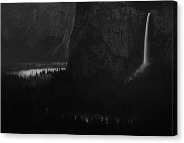 Bridalveil Falls Over Yosemite Valley Canvas Print by Jetson Nguyen