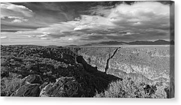 Bridge Over The Rio Grande Canvas Print by Gary Cloud