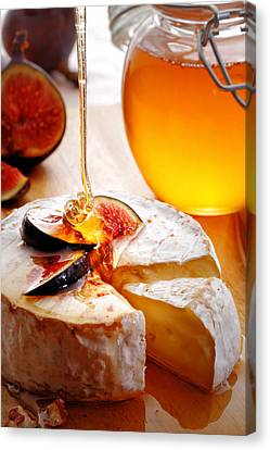 Brie Cheese With Figs And Honey Canvas Print by Johan Swanepoel