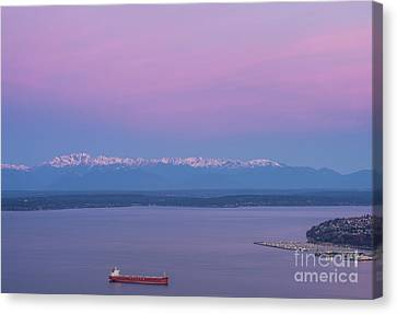 Bright Olympic Mountains And Sunrise Skies Canvas Print