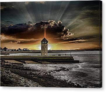 Brightlingsea Beach Canvas Print by Martin Newman