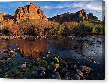 Canvas Print featuring the photograph Brilliant Salt River Colors At Sunset by Dave Dilli