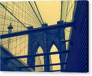 New York City's Famous Brooklyn Bridge Canvas Print