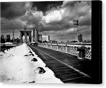 Brooklyn Bridge Canvas Print by Luca Baldassari