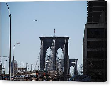 Brooklyn Bridge Canvas Print by Rob Hans