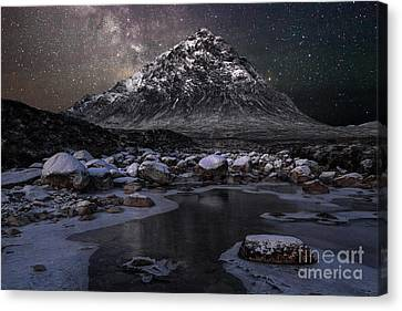 Buachaille And The Milkyway Canvas Print by John Farnan