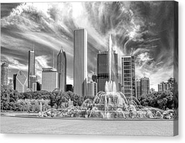 Buckingham Fountain Skyscrapers Black And White Canvas Print by Christopher Arndt