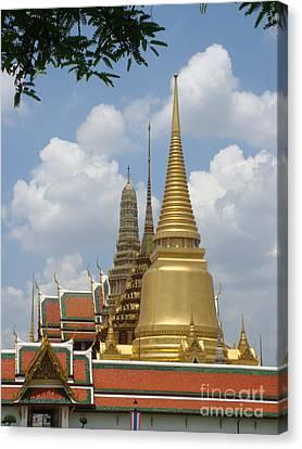Buddhist Chedi - Bangkok Canvas Print by Mike Holloway