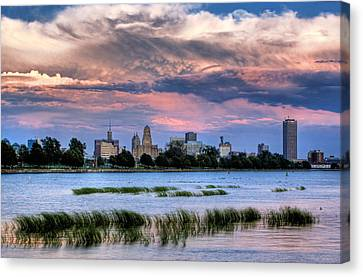 Buffalo From The Breakwall Canvas Print