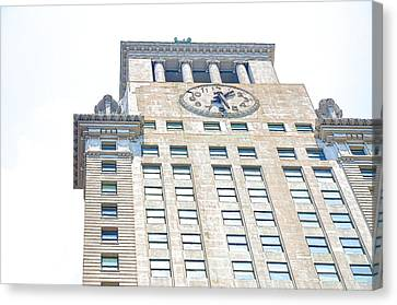 Building Closeup In Manhattan 11 Canvas Print by Lanjee Chee