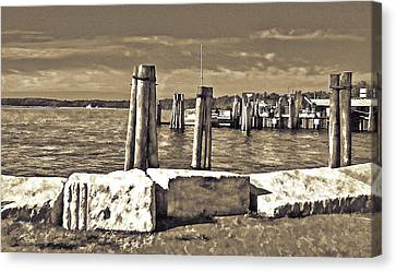 Burlington Pier Canvas Print