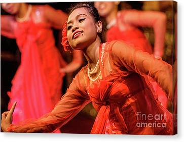 Burmese Dance 1 Canvas Print by Werner Padarin