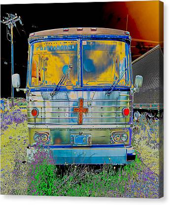 Bus To Chattanooga Canvas Print by Julie Niemela