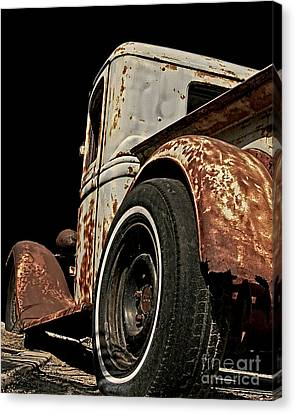 C204 Canvas Print by Tom Griffithe