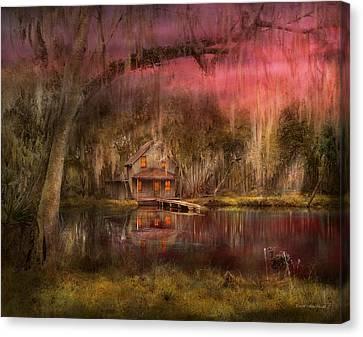 Cabin - De Land, Fl - Summer Cottage 1904 Canvas Print by Mike Savad