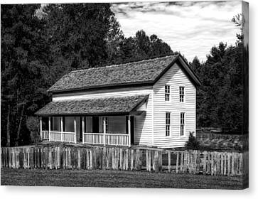 Cades Cove Gregg-cable House - 2 Canvas Print by Frank J Benz