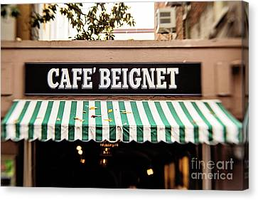 Cafe' Beignet Canvas Print