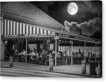 Cafe Du Monde French Market Original Coffee Stand Canvas Print by Art Spectrum