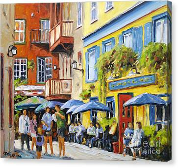 Cafe In The Old Quebec Canvas Print by Richard T Pranke