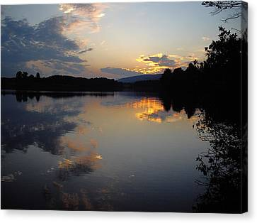 Canvas Print featuring the photograph Calm Sunset by Vilas Malankar