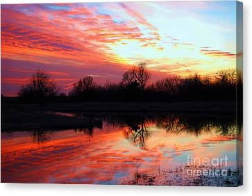 Canvas Print featuring the photograph Calming Sunset by Larry Keahey