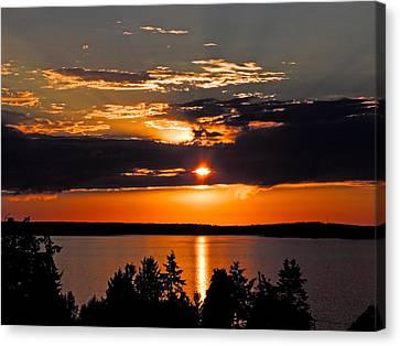 Camano Sunset Of Orange And Gray Canvas Print