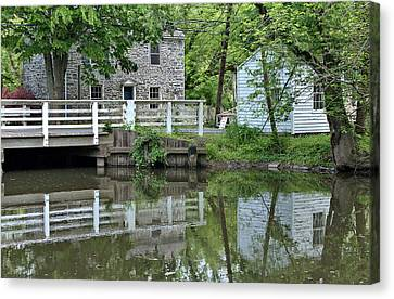 Canal At Griggstown Canvas Print by Steven Richman