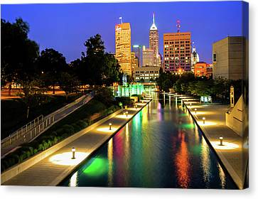 Canal Walk To The Downtown Indianapolis Skyline Canvas Print