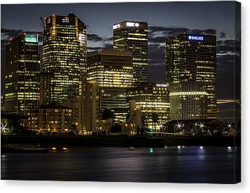 Canvas Print featuring the photograph Canary Wharf by Ryan Photography