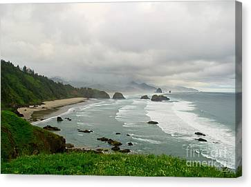 Canvas Print featuring the photograph Cannon Coast by Suzette Kallen